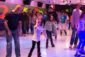 crowded skating floor